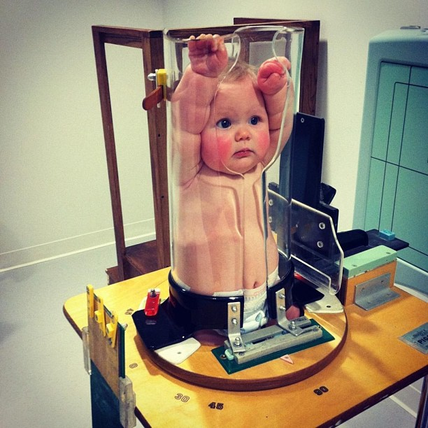 Bebê fazendo radiografia